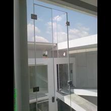Jendela Kaca - Frameless Window