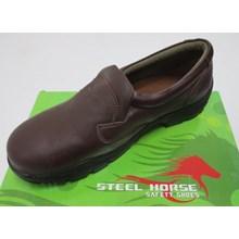 Sepatu safety Steel Horse 9136 coklat