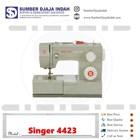 Singer sewing machine Type 4423 1