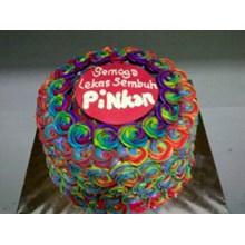 Kue Rainbow Cake