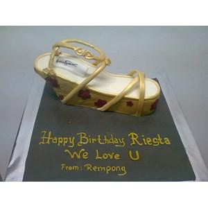 kue bentuk sepatu
