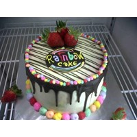 rainbow cake strawberry