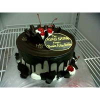 kue black fores bulat 1