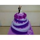 wedding cake ungu 1