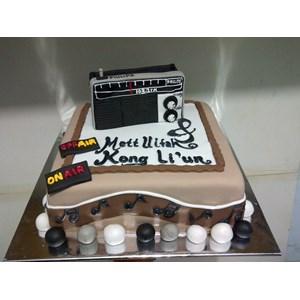 kue bentuk radio