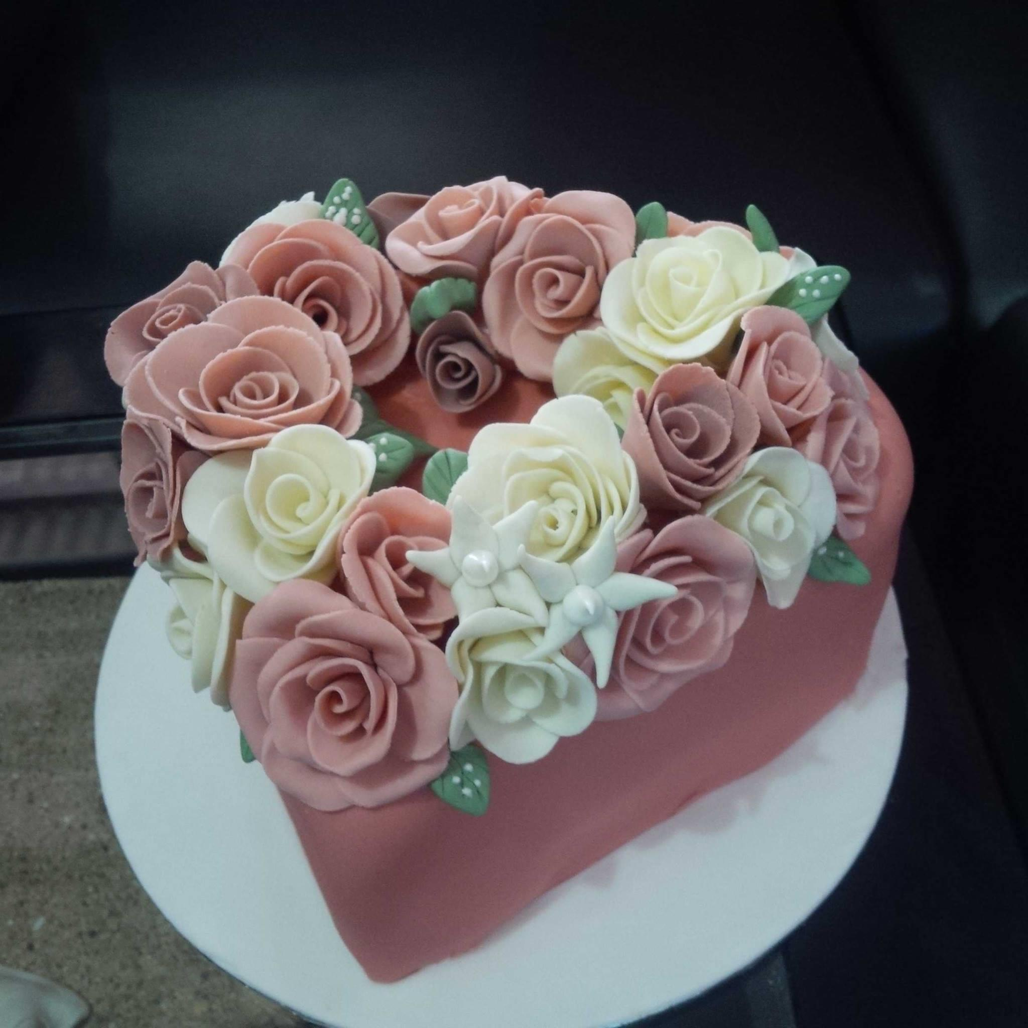 Jual Kue Ultah Love Harga Murah Jakarta Oleh Khena Cake