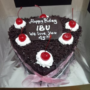 Sell Cake Black Forest Hearts From Indonesia By Khena Cake