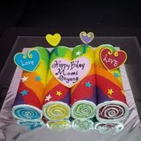 kue gulung rainbow