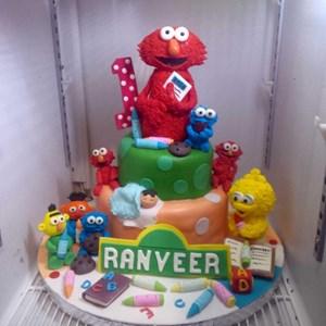 Kue Ulang Tahun Elmo