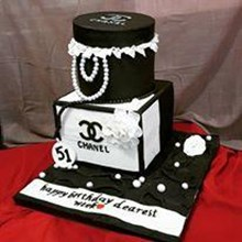 Chanel cake stacking