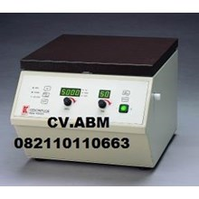 Universal centrifuge  Model No  PLC-025