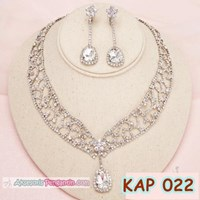 Modern Bridal Necklace accessories l Jewelry Weddi