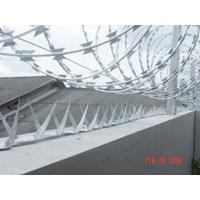 Distributor Kawat Berduri cbt 65 x 450 mm  3
