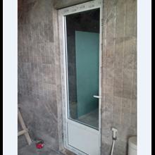 Pintu Kamar Mandi Cermin