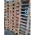 Pallet kayu ukuran 140 X 140 X 14 Cm Twoway double deck 1