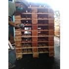 Pallet kayu ukuran 80 X 100 X 14 Cm Fourway 1