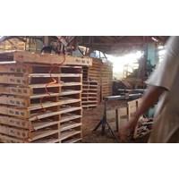 Wooden pallet size 80 X 130 X 14 Cm Fourway