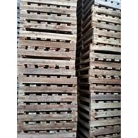 Wooden pallet size 80 X 150 X 14 Cm Fourway