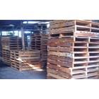 Pallet kayu ukuran 100 X 100 X 14 Cm Fourway 1