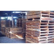 Pallet kayu ukuran 100 X 100 X 14 Cm Fourway