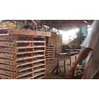 Pallet kayu ukuran 110 X 110 X 14 Cm Fourway 1