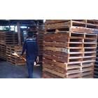 Pallet kayu ukuran 110 X 120 X 14 Cm Fourway 1