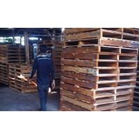 Wooden pallet size 110 X 120 X 14 Cm Fourway