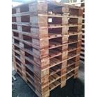 Pallet kayu ukuran 120 X 120 X 16 Cm Fourway 2