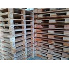 Pallet kayu ukuran 120 X 130 X 16 Cm Fourway 2