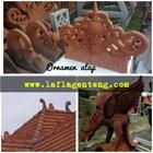 Ornamen atap tradisional 7