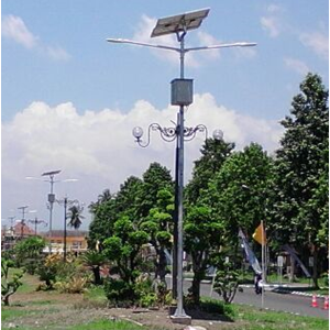 Tiang Lampu PJU Double Arm SC