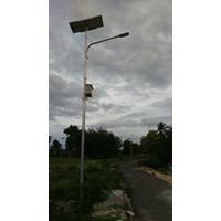 Tiang Lampu Jalan tinggi 7 m okta Single Arm