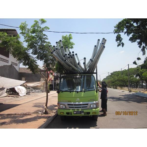 Pole Street Light Solar Cell 7m Octa Single Arm Galvanish