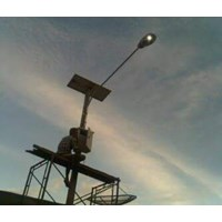 Tiang Lampu Jalan/PJU Tenaga Surya Galvanish