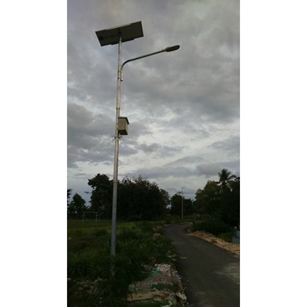 Tiang Lampu Jalan / PJU 5m okta Single Arm Tenaga Surya Galvanish