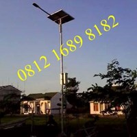 Tiang Lampu  Tenaga Surya 7 meter Okta Single Arm Galvanish