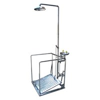 CIG 21CIG15035000 Stainless Steel Pedestal Mounted with Support Eye Wash 1