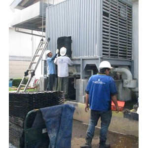 Cleaning Colling Tower  dan Chiller  By PT  PENTA DAYA SARANA