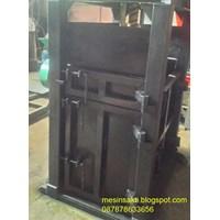 Mesin Press 15 Ton