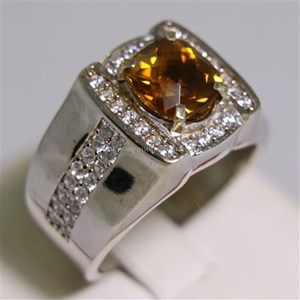 Cincin Permata Natural Citrine 1.93 ct Persegi Cushion Checkerboard Orange Kekuningan No Treatment