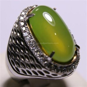 Cincin Permata Natural Idocrase 86.57 ct (dengan ring) Oval Cabochon Hijau Kekuningan No Treatment