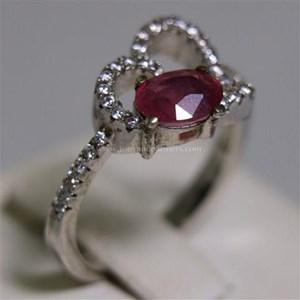 Cincin Permata Natural Ruby 1.05 ct Oval Brilliat Merah Pink Heated (C)