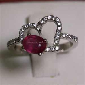 Cincin Permata Natural Ruby 1.05 ct Oval Brilliat Merah Pink Heated (C)