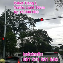 Traffic Light 30cm Tiang L