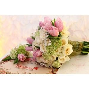 Bunga Hand Bouquet 0014 By PT. Paulina Florist