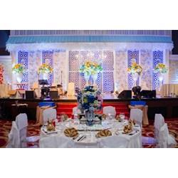 Wedding decoration jw marriott medan services by pt paulina florist aston field grand wedding decor 003 junglespirit Images