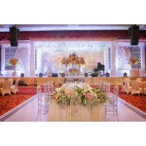 Wedding decoration jw marriott medan 3 junglespirit Images
