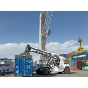 Reach Stackers (Rs) Crane
