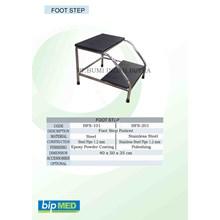 Foot Step Tempat Tidur Pasien