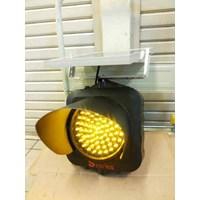Distributor LIGHT TRAFFIC LIGHT 3